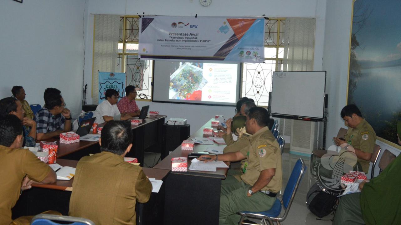 Suasana Sosialisasi PLUP II di di Ruang Rapat Kantor Taman Nasional Lore Lindu, Palu, Sulawesi Tengah (10/9/2019).